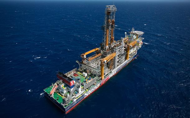 AGUAS MARINAS BLOQUE 4 Barco-sondeos-petroleo