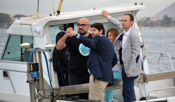 Navegación del presidente por el Mar menor.