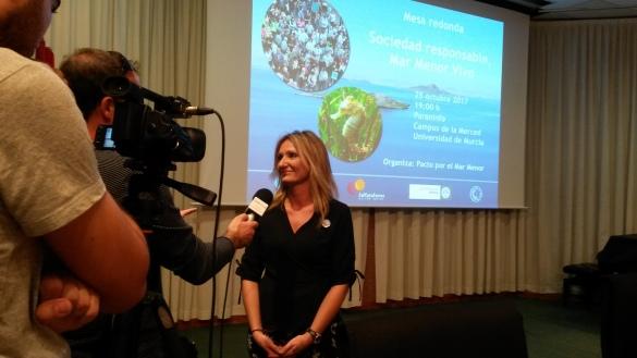 Celia Martínez siendo entrevistada. Fuente: Marecologia